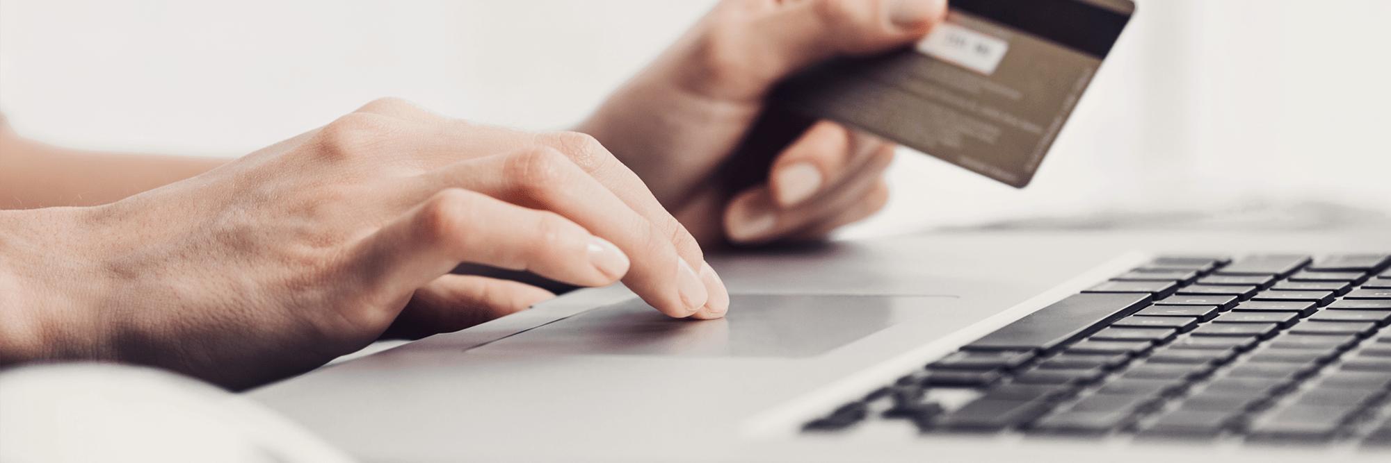 Wenn Sie MacNulis kaufen möchten, können Sie diesen Vorgang sehr leicht an Ihrem Mac abschließen. Einfach die gewünschte Anzahl an Lizenzen festlegen, Bezahlmethode eingeben und den Lizenzerwerb abschließne. Sie erhlaten sofort im Anschluss die notwendigen Freischaltcods sowie einen Link zum Download Ihrer Rechnung.